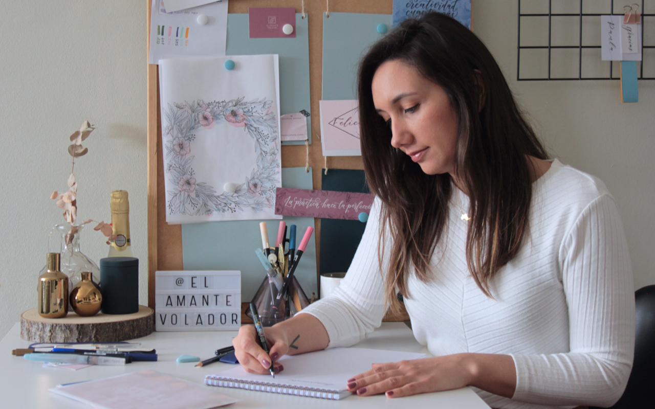 6practicas_01_curso_online_caligrafia_moderna_el_amante_volador