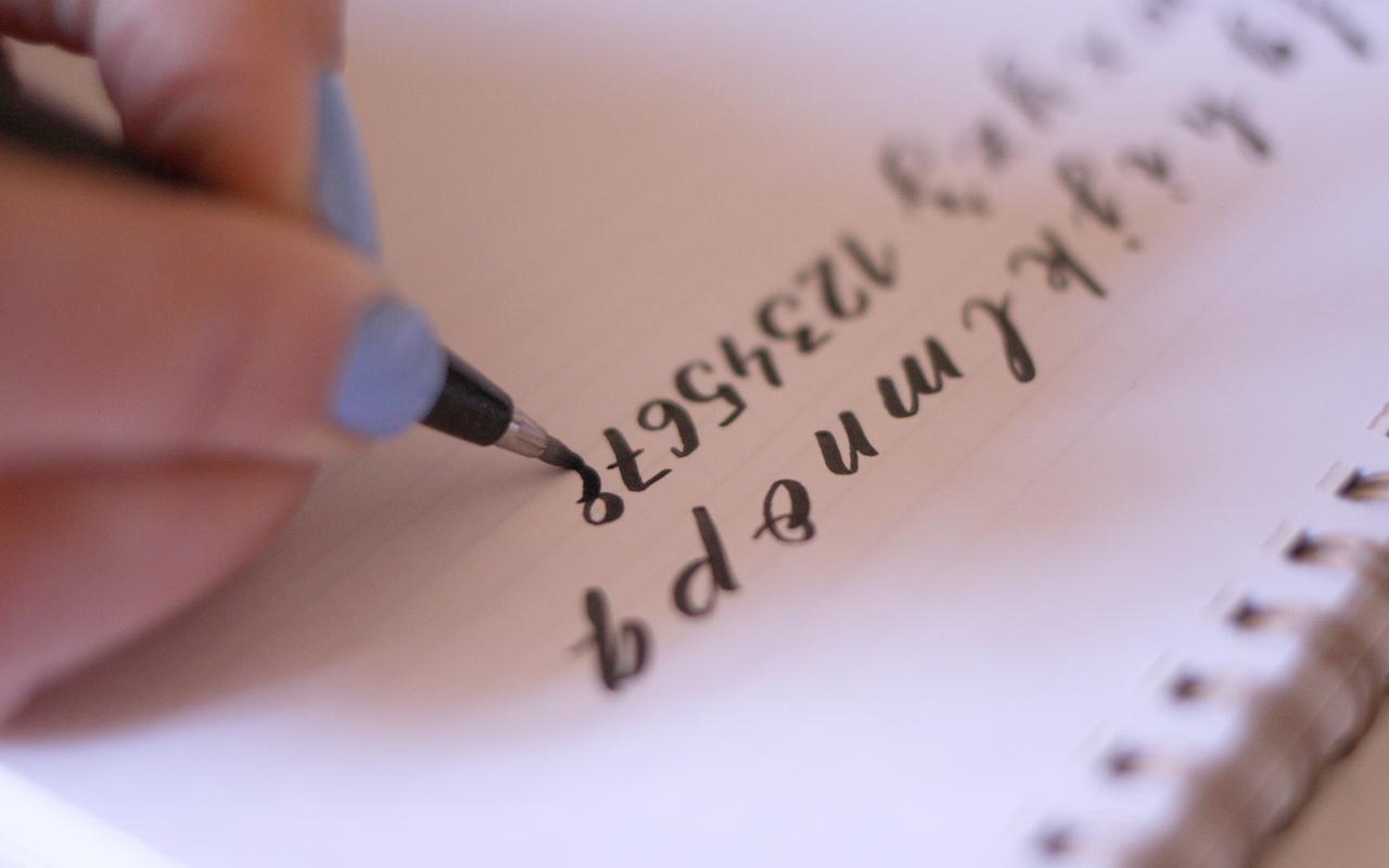 5caligrafia_05_curso_online_caligrafia_moderna_el_amante_volador